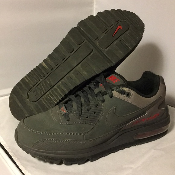 check out 181d5 0a981 Nike Men s Air Max Wright 10.5 Grey Red Shoes. M 5aa8ad6400450ffef643d18f